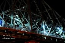 Un pont la nuit